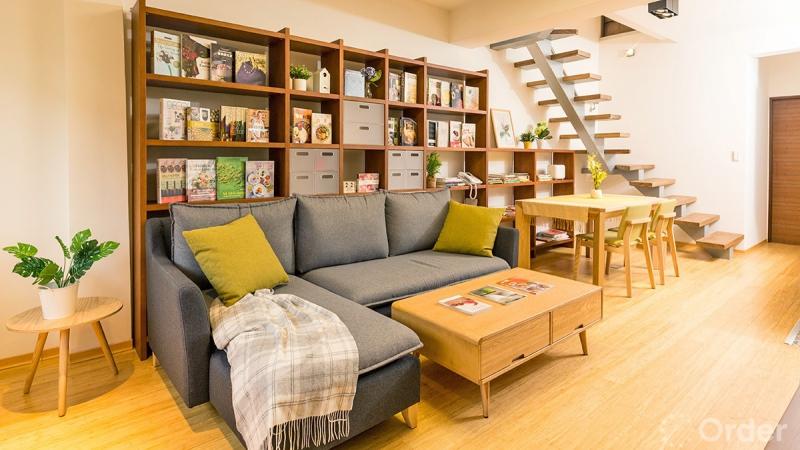 舊屋翻新專訪-46 年老屋變身透亮樓中樓!勾繪實木傢俱與系統傢俱溫馨宅