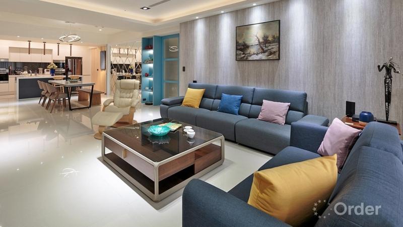 現代風專訪-輕奢品味風采!系統傢俱勾勒 70 坪現代風親子宅