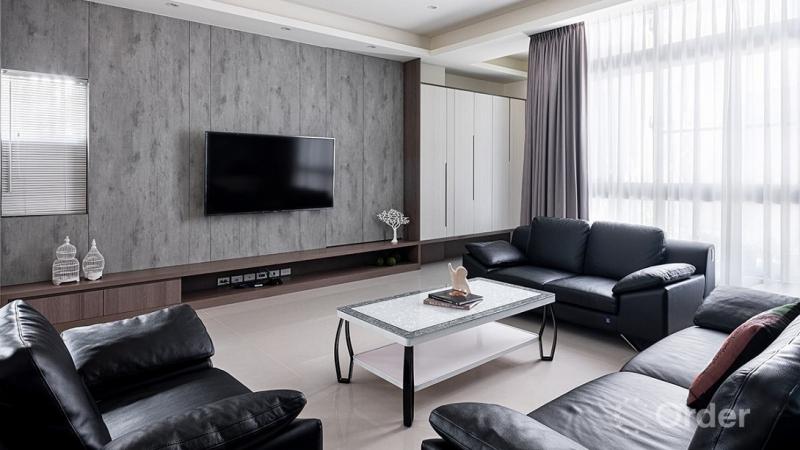 簡約風專訪-明亮光透大視野!系統傢俱描繪 100 坪簡約舒心透天宅